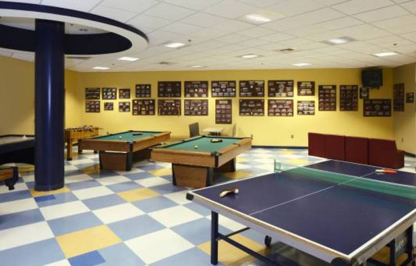 Photo of game room at Orange Beach Recreation Center