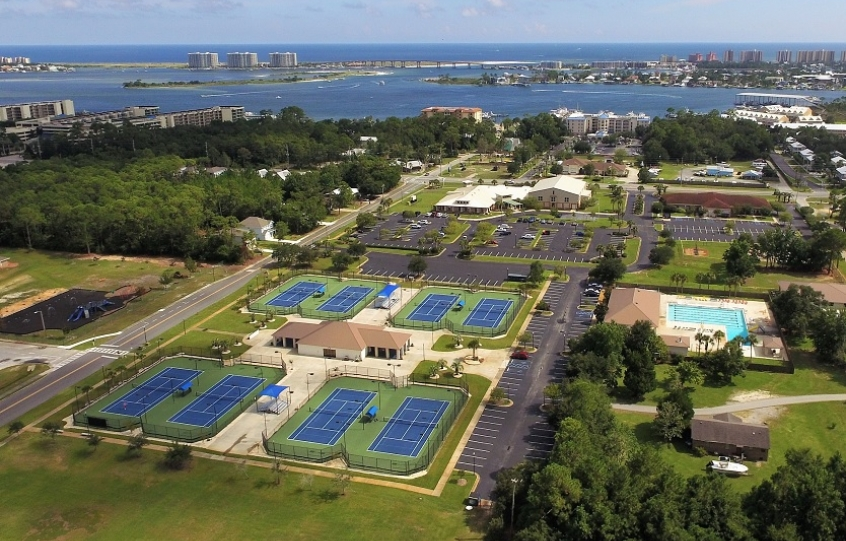 Aerial photo of the Orange Beach Recreation Center that includes 8 tennis courtsr