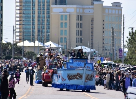 Orange Beach Mardi Gras 2019 parade rolls down Perdido Beach Boulevard